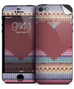 Hearts and Tulips - iPhone 5/5S Skin